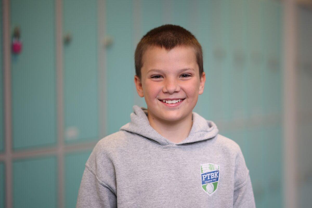 Porträtt av Mingus Otterström på Änglagårdsskolan.